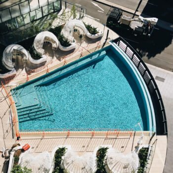 InfinityByCrownGroup-pool